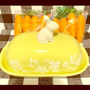 🐰Magenta Easter rabbit ceramic butterdish🐰